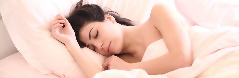 slapen in bed