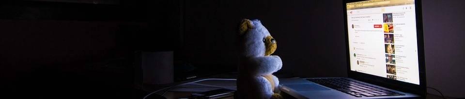 Kom je met een blauw licht filter echt van je slaapproblemen af?
