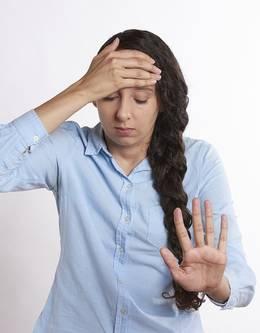 vrouw hoofdpijn